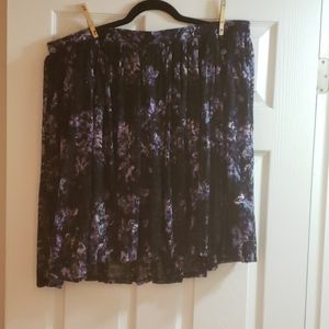 Beautiful Flouncy Torrid Skirt with Elastic Waist